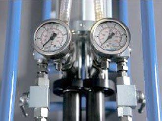Блок с манометром для измерения давления